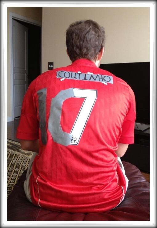 Fan changes turns Suarez shirt into Coutinho shirt duct gaffer tape
