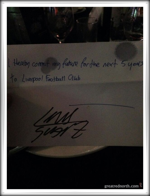 Luis Suarez Signs Napkin Contract